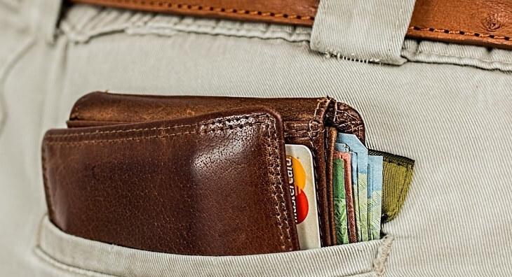 一般的な財布は分厚い